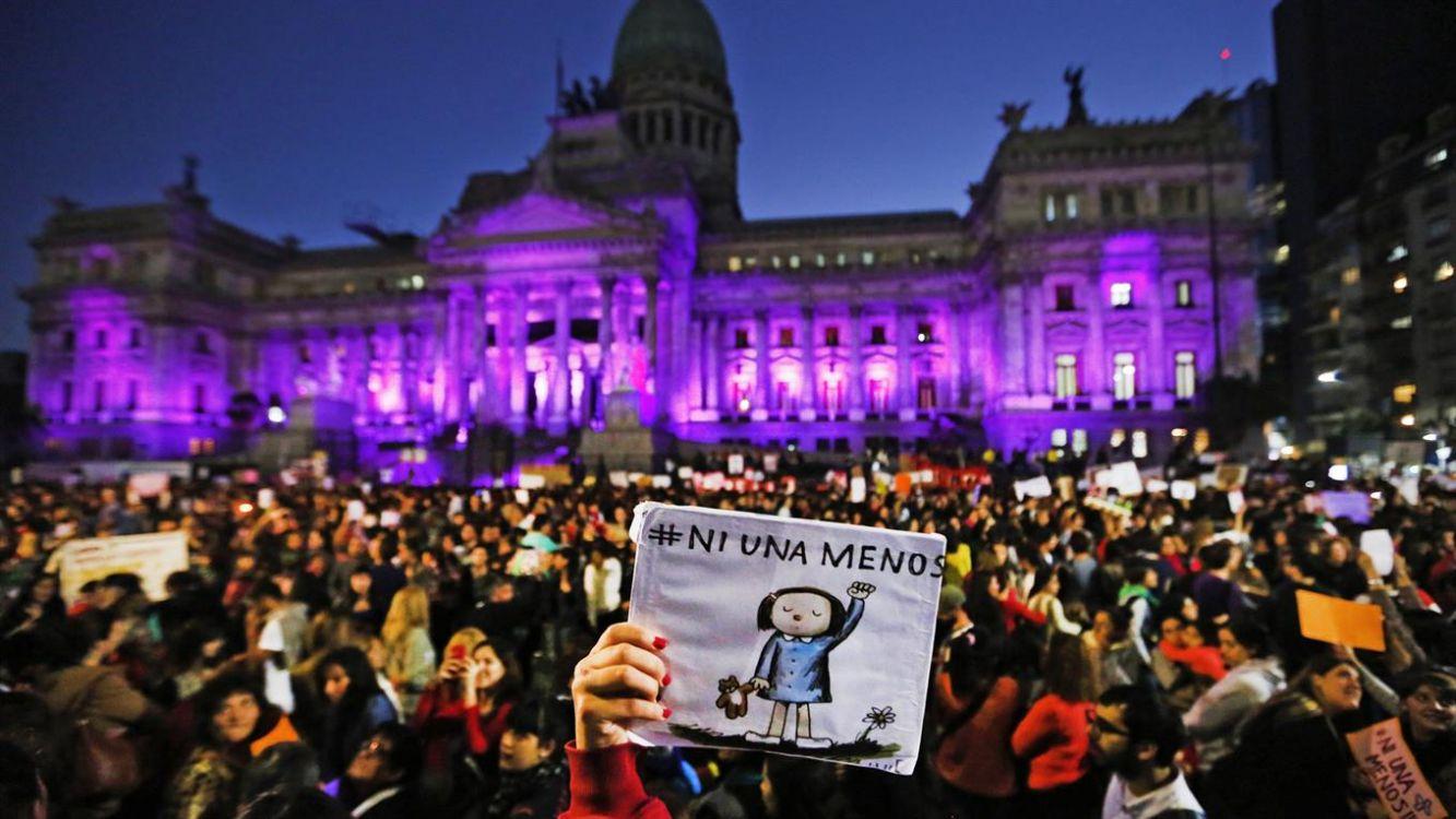 Quer saber mais sobre a organização e resistência feminista na Argentina?