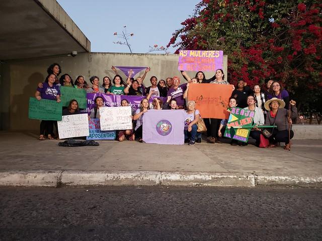 [BdF] Mulheres organizam tribunal popular e condenam reforma da Previdência em Brasília