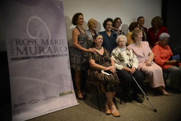 Prêmio destaca luta de mulheres por igualdade de direitos