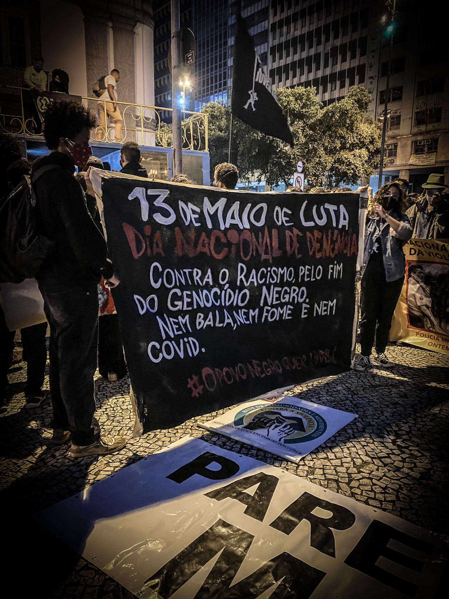 #13deMaioNasRuas: milhares vão às ruas contra o genocídio do povo negro