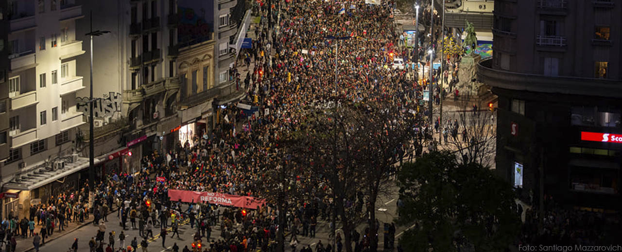Milicos nunca más: Miles marchamos contra la reforma constitucional en Uruguay