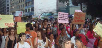 Luta por direitos levou 7 mil mulheres às ruas do centro do Recife
