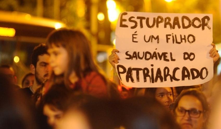 Da legítima defesa da honra ao estupro culposo: a denúncia do feminismo contra a violência do judiciário brasileiro