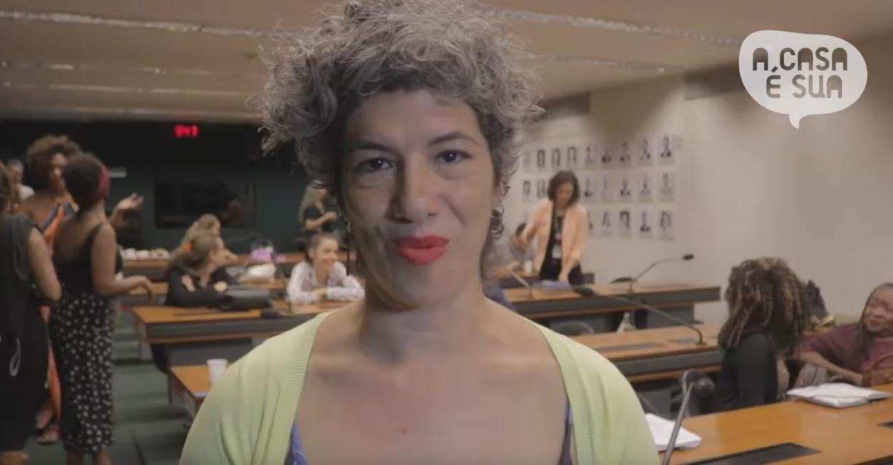 A participação das mulheres nos espaços da política institucional