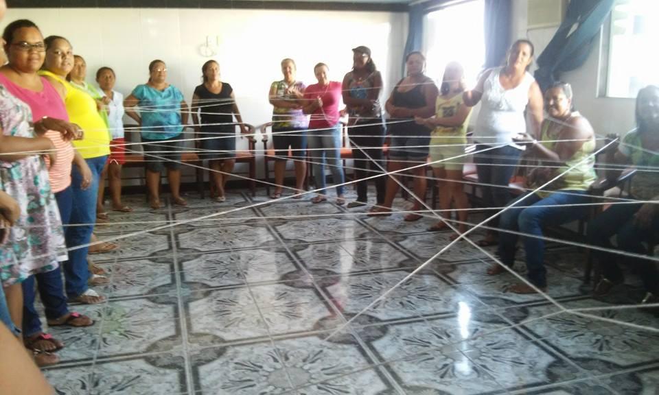 Pela efetivação de uma rede de enfrentamento à violência contra a  mulher