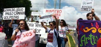 Movimentos protestam contra o desmonte do SUS